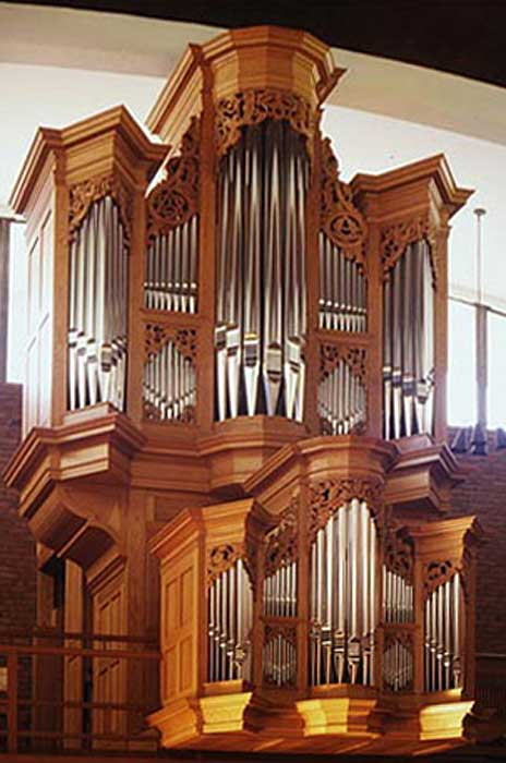 Fowkes organ in First Lutheran Church
