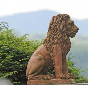 Lion's-Gate--(Stu-Rosner)