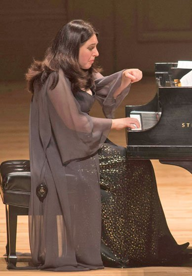 Simone Dinnerstein (Michael J. Lutch photo)