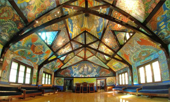 "Nicholas Shaplyko and Ekaterina Sorokina have transformed a former Masonic lodge into what they call a ""temple of art."""