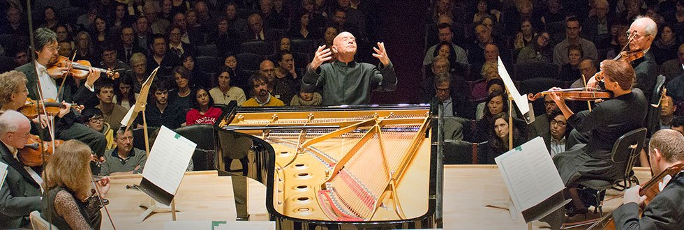 Christoph Eschenbach plays and conducts (Stu Rosner photo)