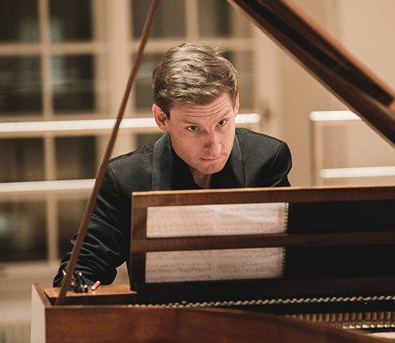 Kristian Bezuidenhout  (Wolfgang Lienbacher photo)