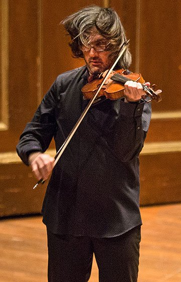Leonidas Kavakos at Jordan Hall (Robert Torres photo)
