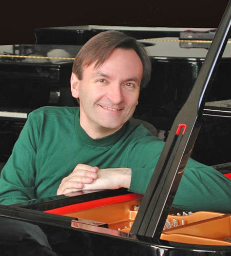 Stephen Hough (Christian Steiner photo)