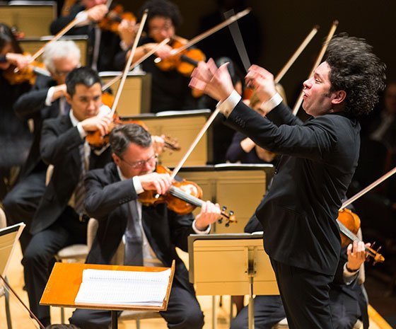 LA Philharmonic and Gustavo Dudamel (Robert Torres photo)