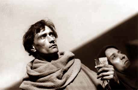 Antonin Artaud as Massieu