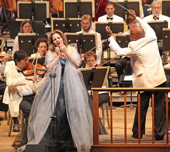 Renée Fleming with conductor William Eddins (Hilary Scott photo)