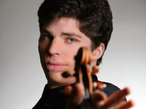 Augustin Hadelich (file photo)