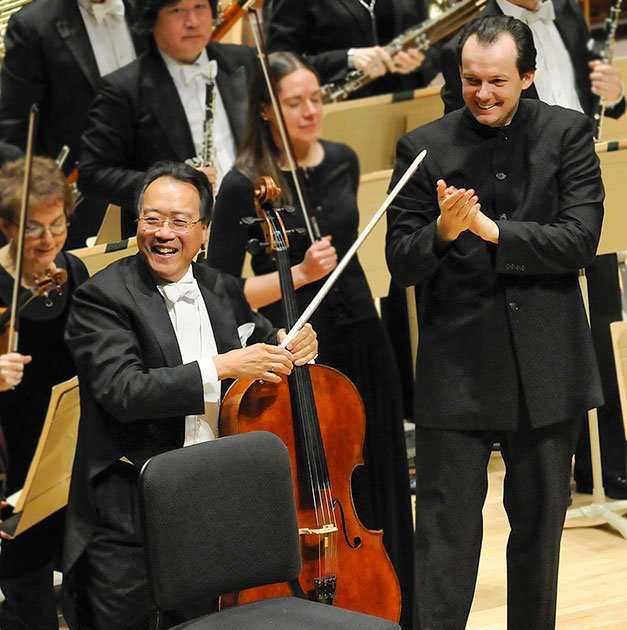 Anris Nelsons conducts yo Yo Ma (Stu Rosmer photo)
