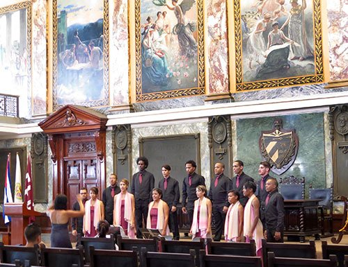 Havana Chorale in Aula NMagne (Laura Stanfield Prichard photo)