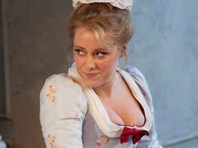 Sophie Bevan (as Pamino)