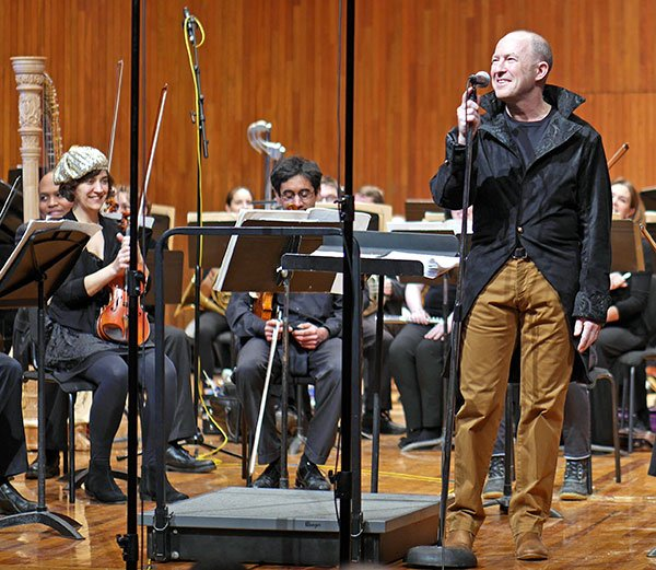 Evan Ziporyn's conducting couture. (Christine Southworth photo)