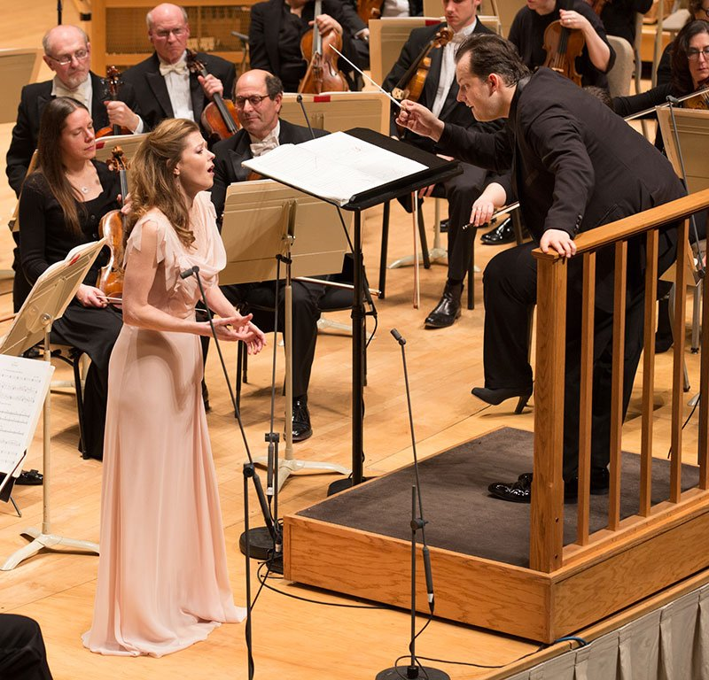 Barbara Hannigan adn Andris Nelsons with rapt BSO (Michael Blanchard photo)