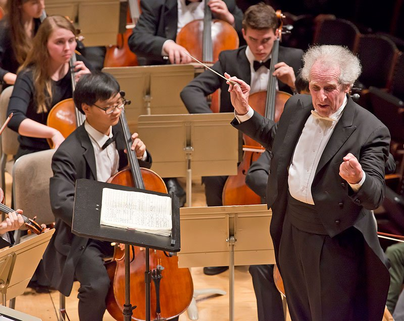Benjamin Zander and the Boston Philharmonic Youth Orchestra Friday at Symphony Hall. (Andrew Hurlbut photo)