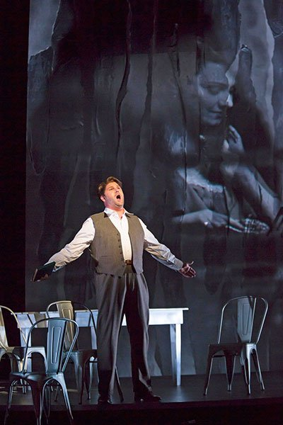 Alex Richardson as Werther (Charles Erickson photo)