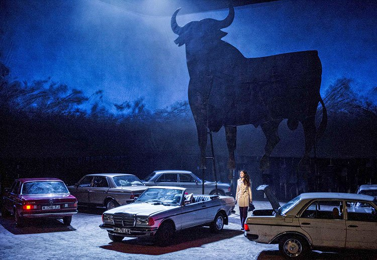 Mercedes motorcars in Danish Nation Opera Production (Erik Berg photo)
