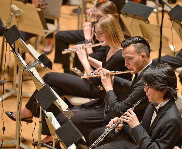 Principal flute Carlos Aguilar and Ryoei Kawai oboe (Paul Marotta photo)